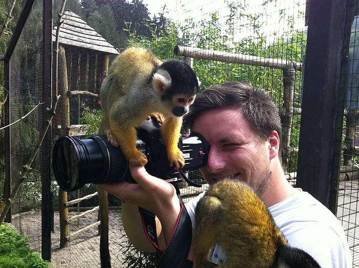 Filmteam im Vogelpark - Filmaufnahmen im Vogelpark - Bei den Filmaufnahmen zur Produktion eines Image-Films hatten wir alle sehr viel Spaß, auch unsere Totenkopfaffen!
